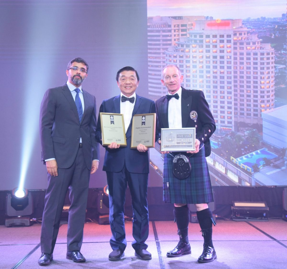 One World Hotel Petaling Jaya Wins Two Prestigious Awards At The Asia Pacific Hotel Awards 2019-2020