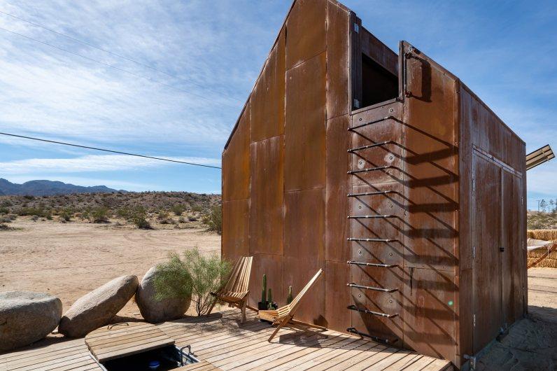 Architect's Off-Grid Stargazing