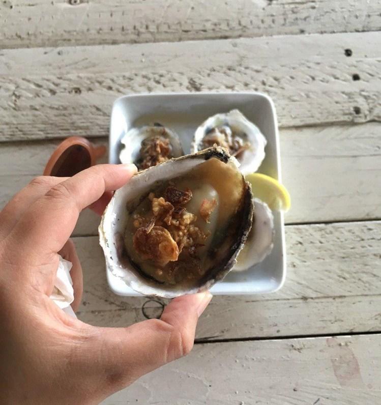 Oysters at Bakau Hijau