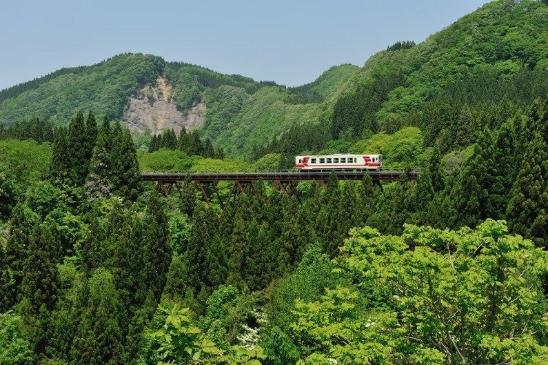 Akita Nairiku Jukan Railway