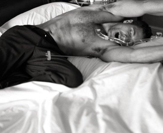 Raul Bova - In Bed