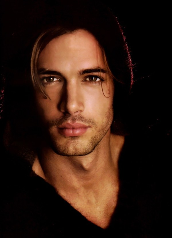 Gorgeous Hunk William Levy