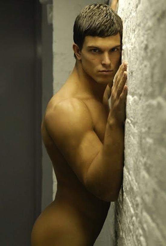 sexy Michael Biserta