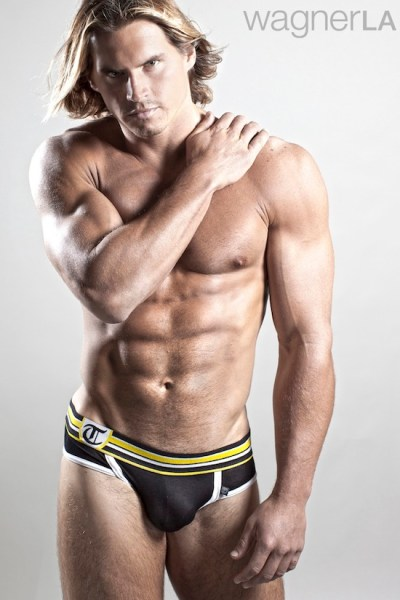 Perfectly Proportioned - Michael Holland For Timoteo (1)