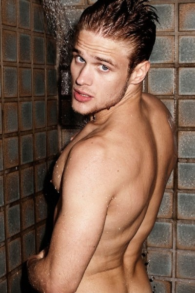 Renan Rosiak In The Shower (1)