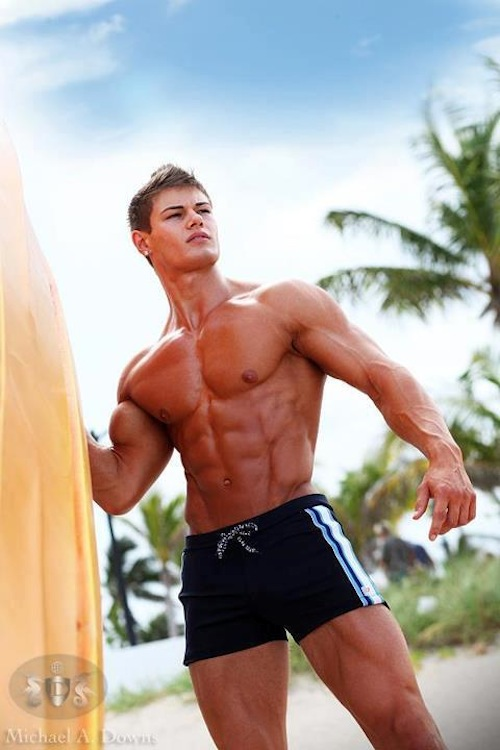 Bodybuilding Male Model Rodney Crewman (5)