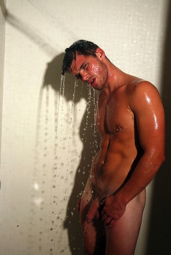 Hot Naked Guy In The Shower (4)