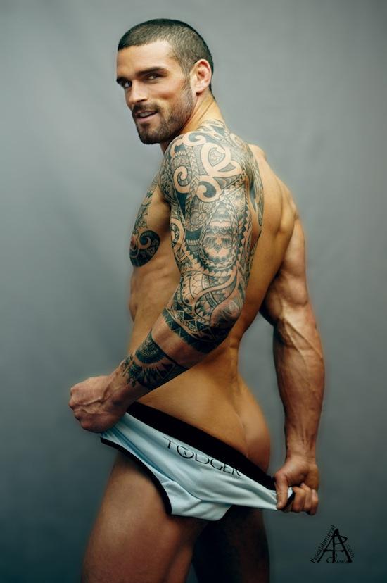 Ripped Rugby Hunk - Stuart Reardon Naked (7)