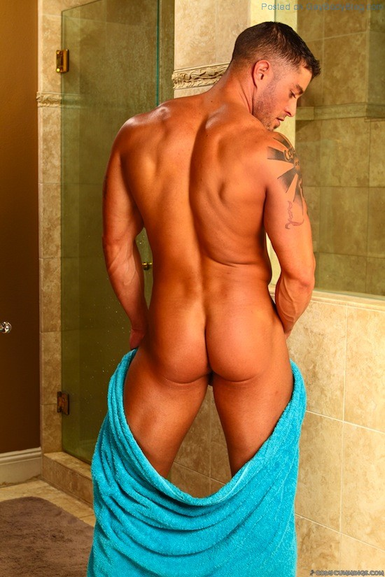 Cody Cummings Naked And Delicious (4)