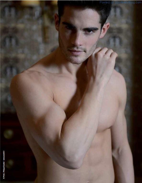 Gorgeous Male Model Fred Jones (6)