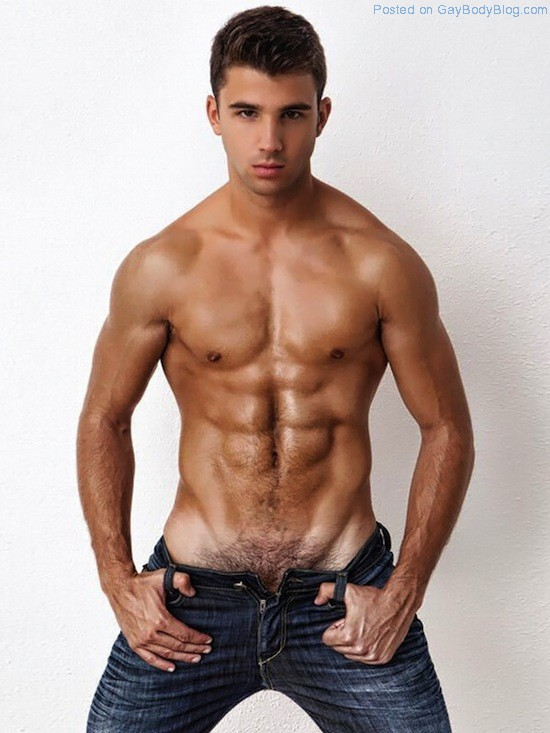 Ripped Twink Miguel Ortiz (2)
