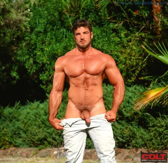 Naked Bodybuilder Rick Wolfmier (7)
