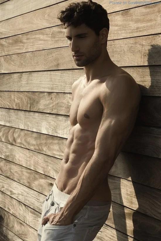 Sexy Alejandro Salgueiro By Thomas Synnamon (1)