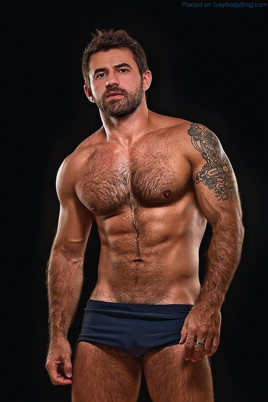 Masculine And Hairy Hunk Fabricio Ternes (7)