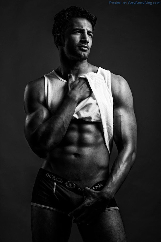 Bollywood Muscle Hunk Upen Patel (2)
