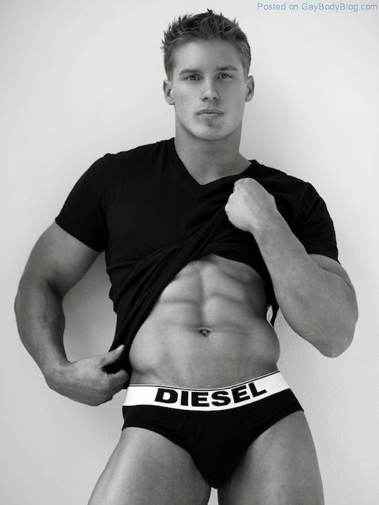 Daniel Rumfelt - Amzing Face, Amazing Body 2