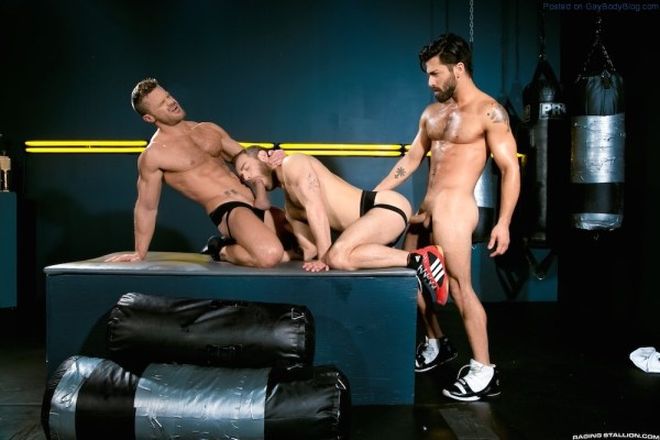Sporty Muscle Fucking With Landon Conrad, Shawn Wolfe And Adam Ramzi 2
