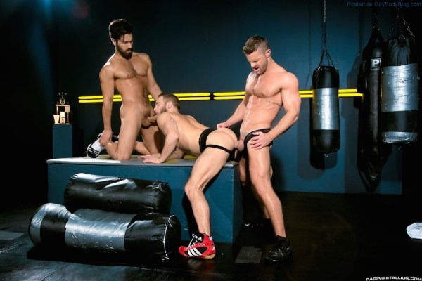Sporty Muscle Fucking With Landon Conrad, Shawn Wolfe And Adam Ramzi 3