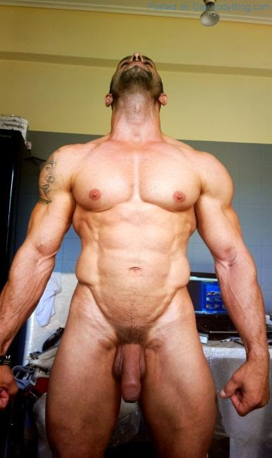 Naked guys with muscles