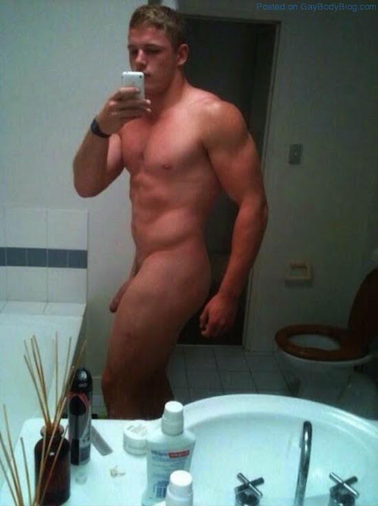 Body exposed gay man naked