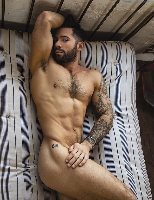 derrick davenport nude gay