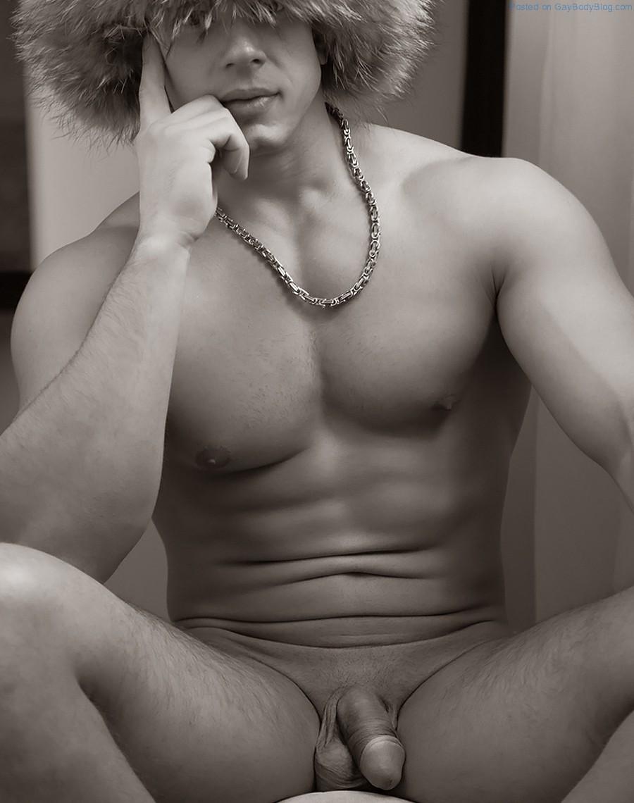 jennifer anniston completely naked