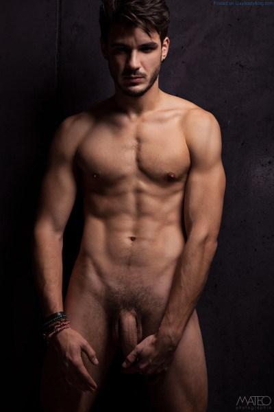 A Deliciously Naked Baptiste Leclerc 6