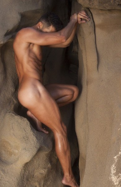 Dionisio Heiderscheid Naked In The Wild 1