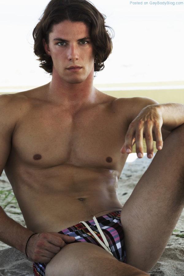 jock-model-bart-grzybowski-looks-hotter-with-short-hair-6