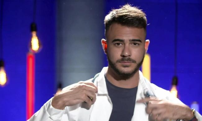 Arriva il primo concorrente gay della seconda stagione di Naked Attraction Italia