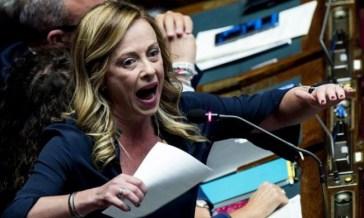 Giorgia Meloni promette impunità per gli omofobi, propone di abolire le unioni civili e assicura che lei vieterà il diritto di scelta alle donne