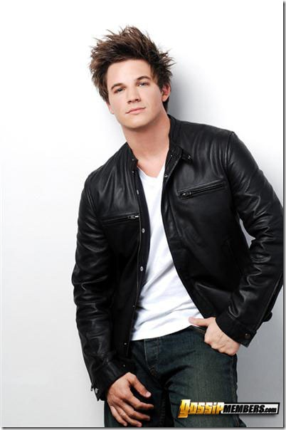 sexymalecelebrities-matt_lanter