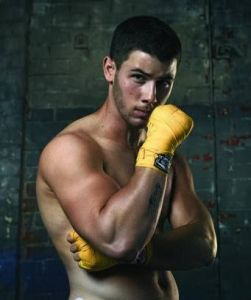 nickjonas_box