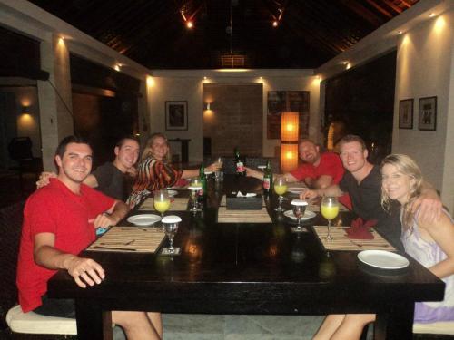 Chandra Villa - Dining Room