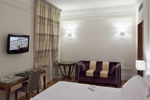 Una Roma Hotel