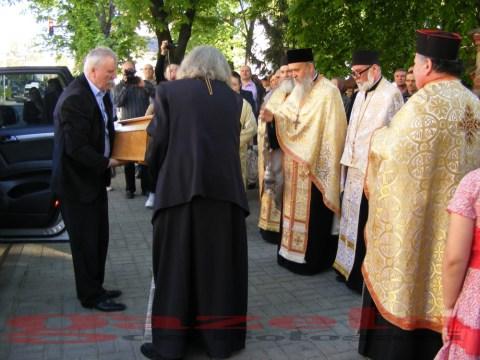 moaste-sf gheorghe-biserica-slujba-preoti (1)