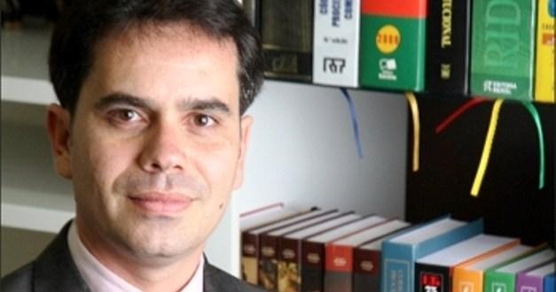 """""""Degradação Moral"""" – Por Andrey Cavalcante"""