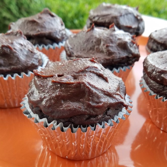 Vegan Chocolate Cupcakes with Chocolate Date Frosting