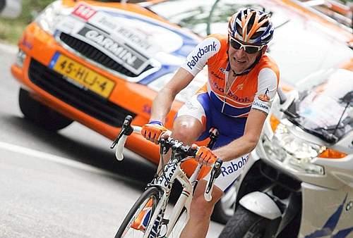 Nei 60 km tra Sestri Levante (Ge) e Riomaggiore (Sp) il più veloce è Denis Menchov. (GazSport)