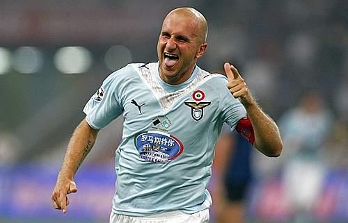 Tommaso Rocchi esulta dopo il gol del 2-0. (GazSport)