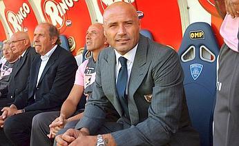 Stefano Colantuono era alla prima stagione in rosanero. Insidefoto