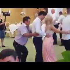 Matrimonio trenino finisce male
