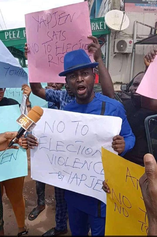 ANAMBRA 2021: YOUTHS PROTEST AGAINST RIGGING, INSIST ON INEC, SECURITY AGENTS IMPARTIALITY