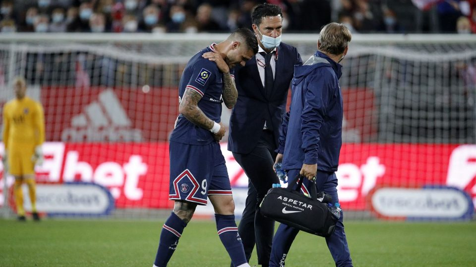 Icardi out for four weeks over shoulder injury, say PSG