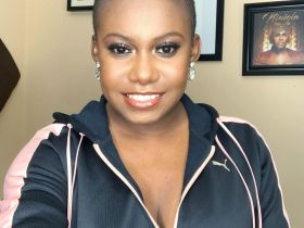 Niniola goes on Low-Cut - the beauty!