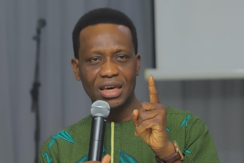 RCCG Youths Go Bald To Honour Late Dare Adeboye