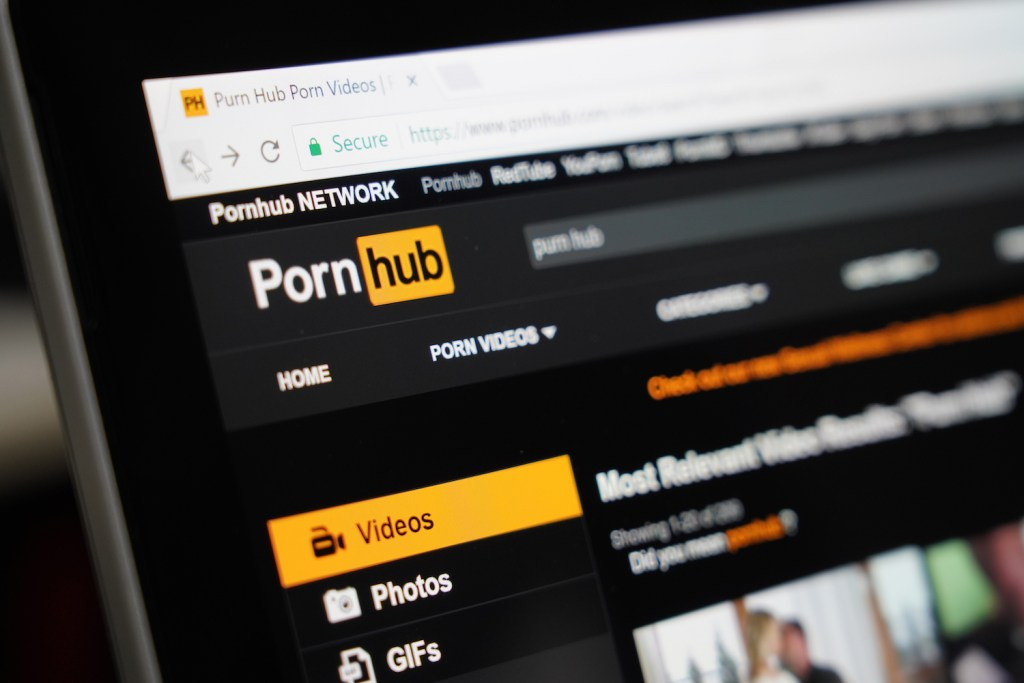 You must join us! End SARS Protester to Pornhub