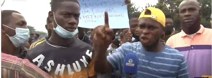 UNIBEN Students Protest, Reject Increased Late Registration Fee
