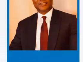 Dr. Seyi Adigun congratulates Prof. Wale Suleiman on Award