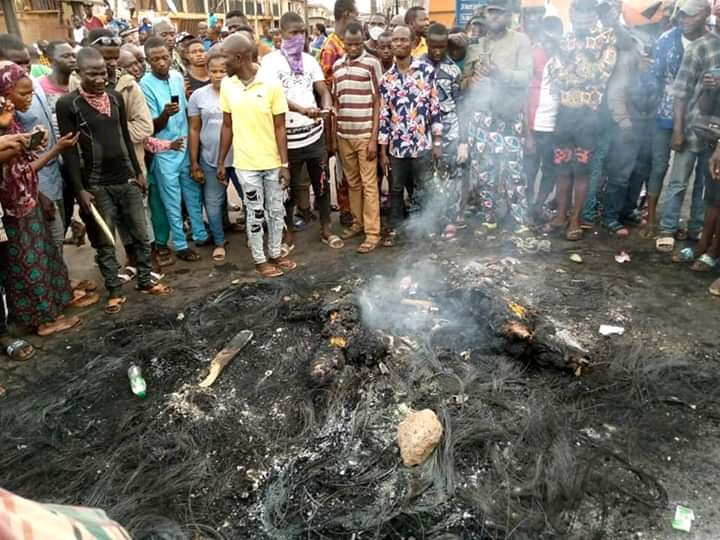 Two Policemen and stations burnt in Ibadan